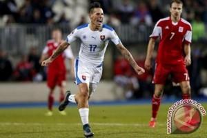 Euro 2016 - Rusia tertinggal 0-2 dari Slowakia di babak pertama