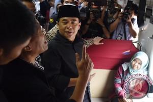 Pimpinan DPR berikan santunan 1003 anak yatim