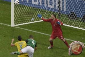 Euro 2016 - Tekuk Ukraina 0-2, Irlandia Utara raih kemenangan perdana