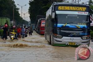 Banjir ancam kelancaran arus mudik jalur Pantura