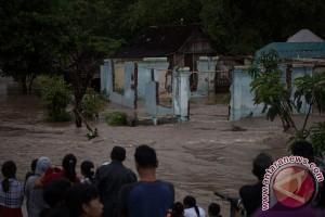 BPBD Jember salurkan bantuan kepada korban banjir