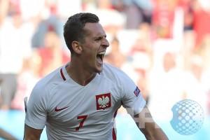 Euro 2016 - Tumbangkan Swiss 6-5 lewat adu penalti, Polandia melaju
