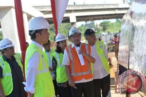 Jokowi tinjau lahan untuk Tol Ciawi-Sukabumi