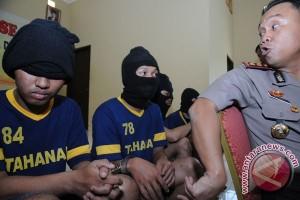 "Polisi tangkap geng motor ""Anak Stres"" Bekasi"