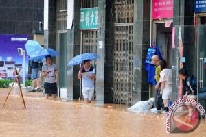 Hujan deras di China tewaskan sembilan orang