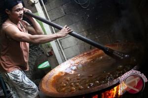 Dodol Betawi, biangnya kue Lebaran di Jakarta