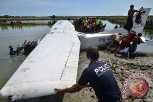 Evakuasi Kecelakaan Pesawat Latih