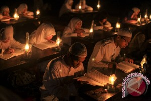 Pelindo I serahkan 250 Alquran ke Masjid Jami Belawan