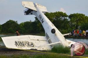 Pesawat latih Cessna jatuh di Demak