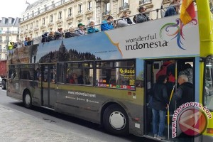 Bis turis di Paris promosikan Wonderful Indonesia