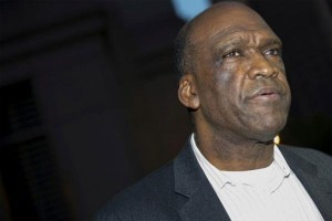 Mantan presiden majelis umum PBB meninggal saat angkat barbel