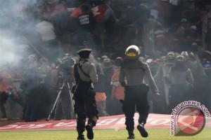 Terkait bentrokan, ratusan pendukung Persija diamankan polisi