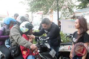 Kutu Community edukasikan pentingnya helm kepada anak-anak