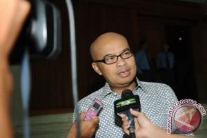 Desmond: Komisi III DPR belum tahu kasus Putu Sudiartana