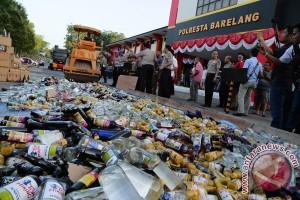Pemkot Bekasi sita 8.000 miras ilegal