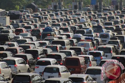 32.523 kendaraan menuju Jakarta lalui Tol Palimanan