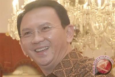 """Ahok buka pameran """"Bazaar Art Jakarta 2016"""""""