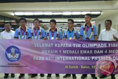 Dua emas tiga perak untuk Indonesia dari Olimpiade Fisika