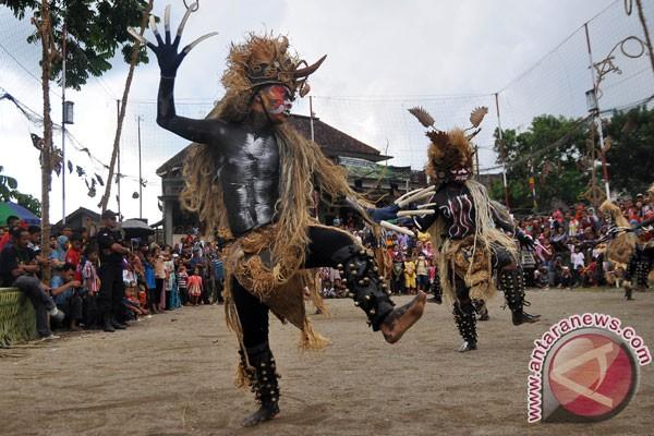 """Warga Merbabu Ikrarkan """"Kampung Pelestari Seni Tradisi"""""""