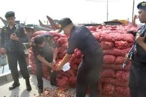 Bea Cukai kembali gagalkan upaya penyelundupan impor 55 ton bawang ilegal