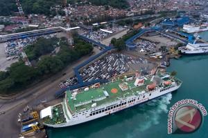 17.038 mobil pribadi menyeberang ke Sumatera