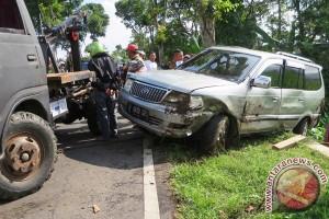 Enam orang meninggal akibat kecelakaan bus di Cimahi