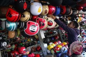 Pemudik Jakarta tidak terlalu minati helm baru