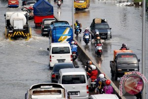 BBWS kerahkan pompa atasi banjir Pantura Kaligawe