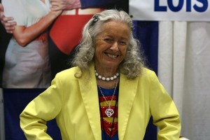 "Noel Neill, Lois Lane in ""Superman"" TV series, dies at 95"