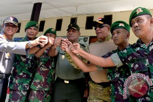 Cek Pos Pengamanan Lebaran Di Papua