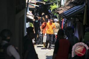 Penggeledahan Rumah Nur Rohman
