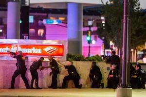 Penembak jitu tewaskan lima polisi Amerika Serikat di Dallas
