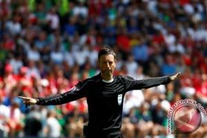 Clattenburg pimpin laga final Prancis vs Portugal