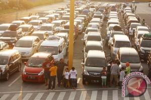 121.515 orang bertolak dari Pelabuhan Bakauheni