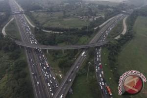 Polisi imbau pengendara jauhi Jembatan Cisomang di Tol Cipularang