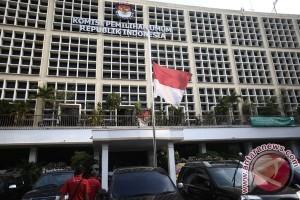 Bendera Setengah Tiang Di KPU Pusat