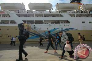 Pelindo III siapkan 126 perjalanan bus gratis untuk penumpang kapal