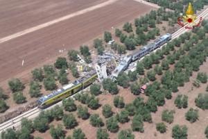20 tewas dalam tabrakan kereta api di Italia