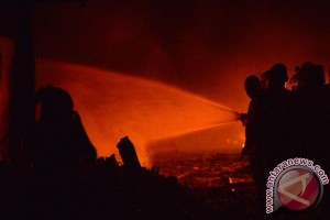 Labfor Polda Jatim selidiki kebakaran Pasar Legi Blitar