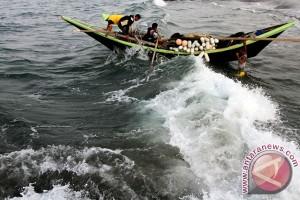 Gelombang tinggi, nelayan Sabang diminta tidak melaut