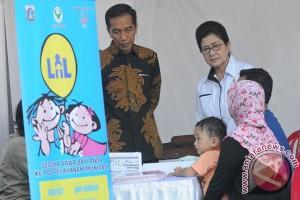 Presiden Tinjau Pemberian Vaksinasi Ulang