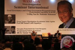 Mahathir Mohamad Hadiri Seminar