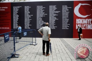 Turki tangkap 1.000 lebih tersangka pendukung Gulen