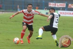 Madura United taklukkan Persija 3-0