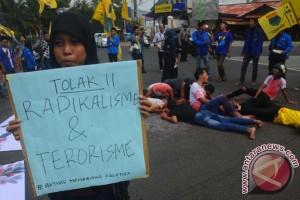 Mahasiswa Tolak Radikalisme Dan Terorisme