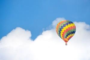 Pria Rusia cetak rekor keliling dunia gunakan balon udara