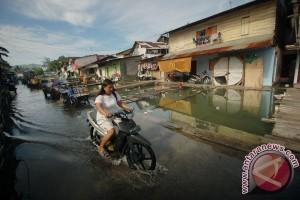 Banjir Rob Perkampungan Nelayan
