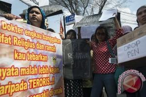 Dirut Elisabeth Bekasi polisikan sepuluh keluarga pasien