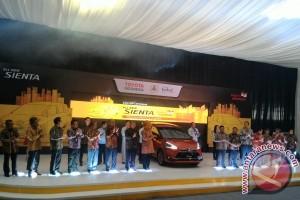 Toyota luncurkan produksi massal All New Sienta
