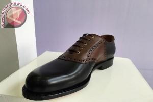 """Sepatu Indonesia kualitas premium """"Ekuator"""" resmi diluncurkan"""